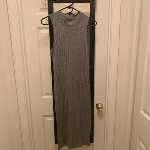 Dresses & Skirts - Gray fitted dress